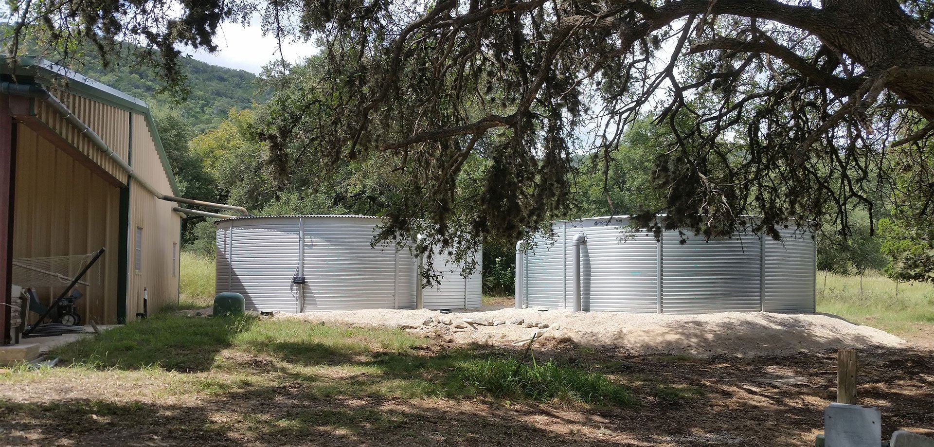 Rainwater Systems Inc installed Pioneer Water Tanks for Texas ranch