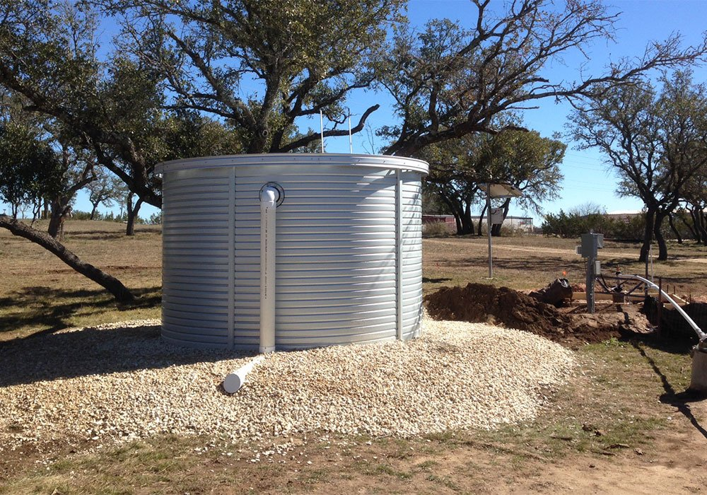 Pioneer Water Tanks above ground water well tank