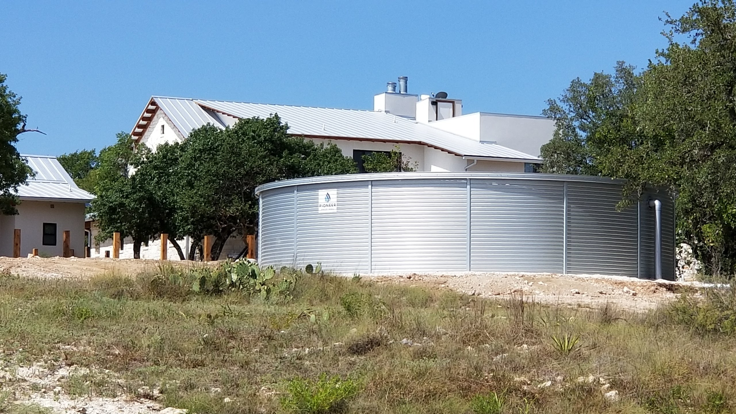 Harvested Rain Solutions provided a rainwater harvesting system from design, to installation. Rainwater is stored within the Pioneer Water Tank.